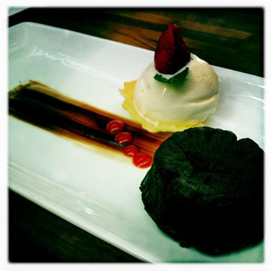 Chocolate lava cake @ Origin Bandung