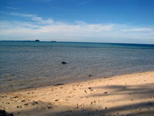 Pantai di Kepulauan Seribu