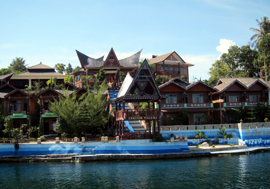 Tampak depan Samosir Villa Resort