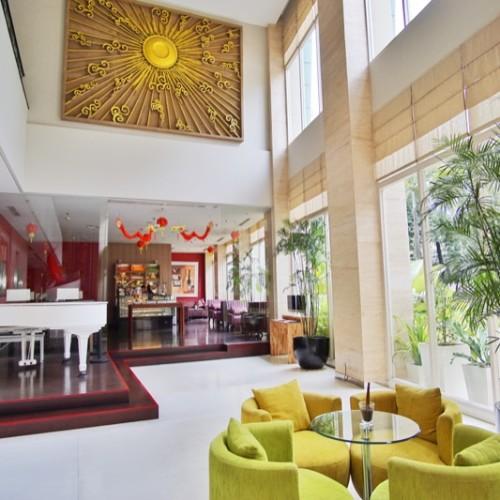 Holiday Inn Bandung Lobby