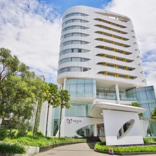 Sensa Hotel Bandung Depan