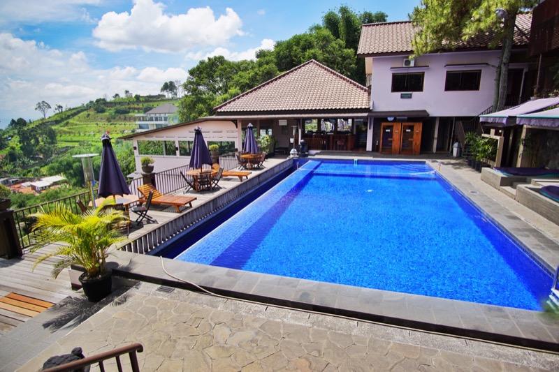 The Valley Resort Bandung Kolam Renang