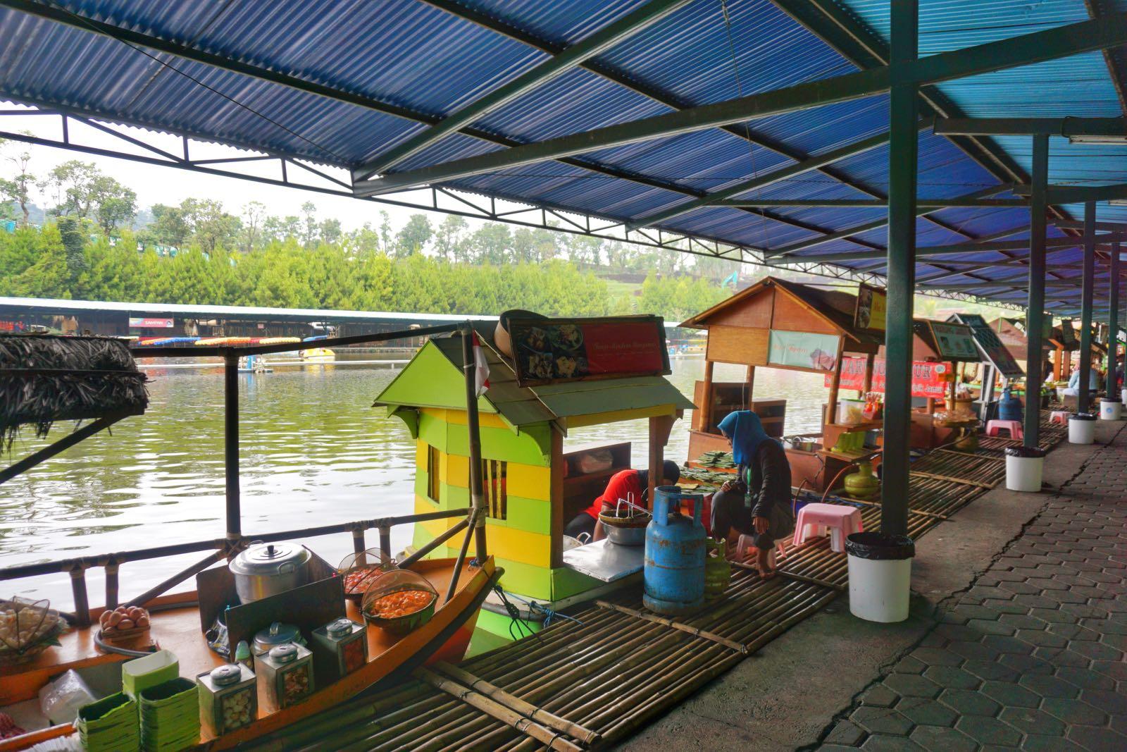 Pasar Terapung Floating Market Lembang