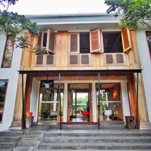 Stevie 6 Hotel Lembang Depan