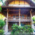 Villa Monyet Batu Karas depan