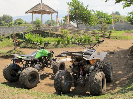 Happy Farm - ATV track