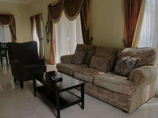 Yasmin_Villa living room